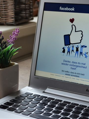 NY Court Allows Service of divorce papers via Facebook